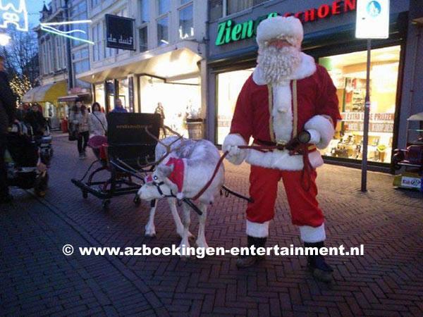 Rendier & Kerstman met arrenslee